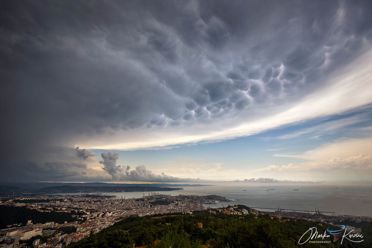mammatus-clouds-istra-croatia