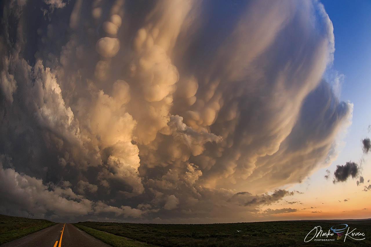 mammatus-clouds-texas